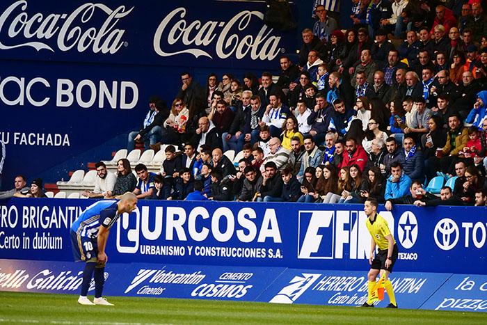 FOTOGALERÍA // La grada de El Toralín disfruta de una tarde de victoria ante el Huesca 129