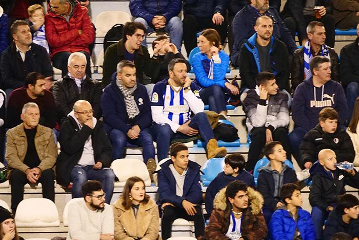 FOTOGALERÍA // La grada de El Toralín disfruta de una tarde de victoria ante el Huesca 139