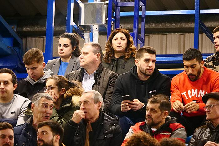 FOTOGALERÍA // La grada de El Toralín disfruta de una tarde de victoria ante el Huesca 142