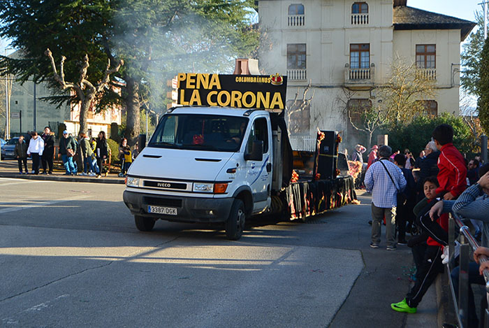 Álbum de fotos: El sol acompaña al Carnaval de Cubillos del Sil 85