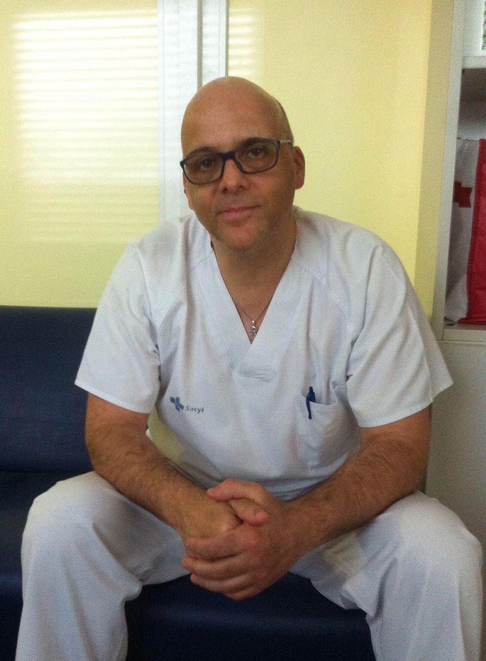 Roberto San Sebastián, Celador en el Hospital del Bierzo 'Tenemos unos profesionales sanitarios que son unos jabatos' 4